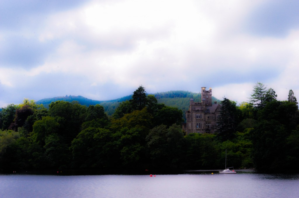 Castle on Loch Lamond